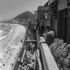 Rio de Janeiro, Copacabana - 1946. Fotografia: Kurt Klagsbrunn.
