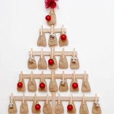 Karácsonyfa adventi naptár fából/wooden christmas tree advent calendar Christmas Treats, Christmas Diy, Christmas Decorations, Holiday Decor, Christmas Tree Advent Calendar, Wooden Christmas Trees, Wood Crafts, Diy Crafts, Boyfriend Crafts