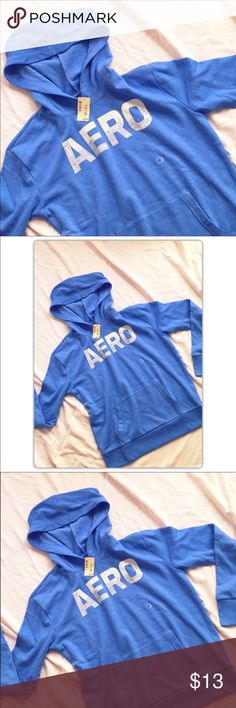 """AEROPOSTALE PULLOVER SWEATSHIRT Pullover, front pockets no drawstrings or dipper.  Relaxed fit %60 cotton, %40 polyester approx: length 24.5"""" Aeropostale Tops"""
