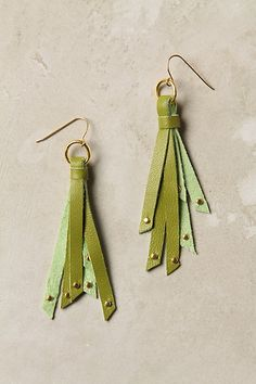 so, these are $48 from Anthropologie (Tassau earrings) but they could VERY easily be replicated for about ten times less (RIGHT?)