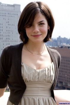 "I love her hair, jewelry, and classy outfits throughout the movie ""Made of Honor."""