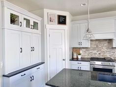 Kitchen Board, Townhouse, Kitchen Cabinets, Home Decor, Decoration Home, Terraced House, Room Decor, Cabinets, Home Interior Design
