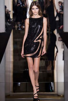 Mini vestido de paetê preto com transparências, Atelier Versace - #sequin #dress #minidress #black #party #FocusTextil