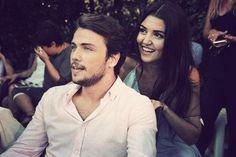 Bunu gormememistim Pole Star, Hande Ercel, Turkish Beauty, Turkish Actors, Chemistry, Famous People, Actors & Actresses, Couple Photos, Celebrities