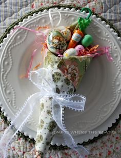 Easter Table Inspiration~ Tussie Mussie Napkins | Home is Where the Boat Is