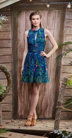 Só na Antix Store você encontra Vestido Flores de Água com exclusividade na internet