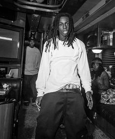 lil wayne You can love me or hate me. I swear it won't break me or make me. Lil Wayne News, Drake Lil Wayne, Rapper Lil Wayne, Lil Weezy, History Of Hip Hop, Best Rapper Alive, Early 2000s Fashion, Vintage Black Glamour, Hip Hop Art