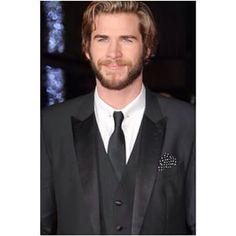Liam Hemsworth Fan Page instagram photos - Looktagram