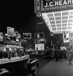 New York City, 1947, photo by Fred Stein