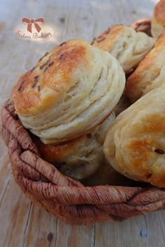 zemiakové pagáče Slovak Recipes, Bread Recipes, Cooking Recipes, Cookie Box, Home Baking, Aesthetic Food, Food And Drink, Vegetarian, Cheese