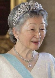 The Empress of Japan in her Imperial Honeysuckle tiara a diamond reviere necklace.