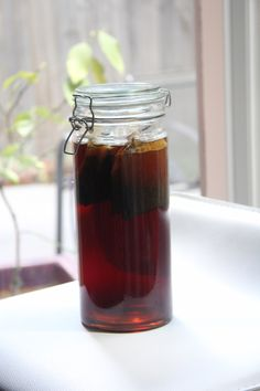 Dangerously easy to drink and great in a variety of cocktails, you'd be surprised how easy it is to make your own infused sweet tea vodka at home.