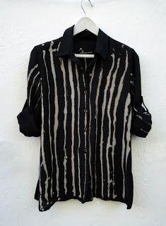 Shibori Fabric, Shibori Tie Dye, Tie Dye Shirts, Tie Dye Sweatshirt, Love Clothing, Piece Of Clothing, Custom Clothes, Diy Clothes, Casual Shirts