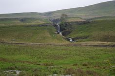 The jewel in the crown, one of the many gorgeous waterfalls in Bishopdale. The Crown, Waterfalls, Jewel, Mountains, Nature, Travel, Voyage, Trips, Stunts