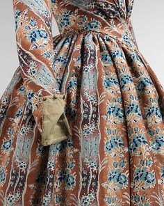 Dress 1843, wool, silk, American, Brooklyn Museum Costume Collection at the Met