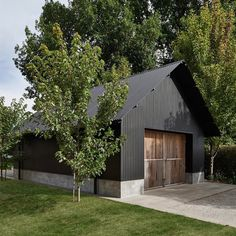 Backyard art studio plans modern shed prefab studio shed. Modern Shed, Modern Barn, Modern Farmhouse, Modern Garage, Farm Shed, Black Barn, Black Shed, Black House, Barns Sheds