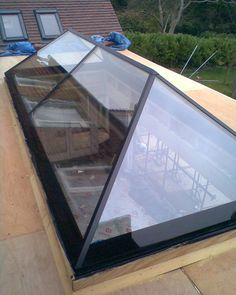 Flat Rooflights are ideal whether you have an existing flat roof or as part of an extension or renovation projects. Pergola Attached To House, Pergola With Roof, Patio Roof, Pergola Plans, Pergola Ideas, House Extension Design, Extension Designs, Roof Extension, Skylight Design