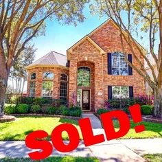 Need to sell your home in #GreenTrails ??? We just sold this one and we can help! .  .  .  .  #remaxhustle #RealEstate #Realtor #KatyTexas #KatyTX #HoustonTexas #HoustonTX #KatyRealtor #HoustonRealtor #WestHouston #Househunting #InstaDaily #WelcomeHome #FHA #VAloan #RemaxHustle #Remax #Trendmaker #KatyISD #EnergyCorridor