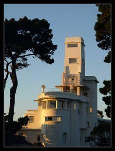 #Bretagne - #Finistère : à #Bénodet, l'ancienne villa Magdalena ou Kermadalen, puis villa le Minaret, puis Hôtel le Minaret (construction en 1926, inscrit aux MH)
