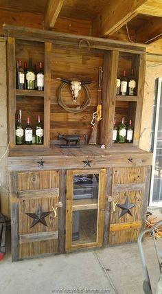 Pallet Bar Closet More