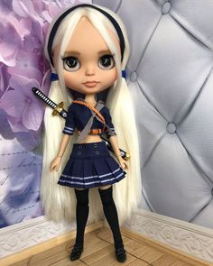 Sucker Punch, Character Costumes, Suckers, Cute Dolls, Crochet Clothes, Blythe Dolls, Beautiful Dolls, Absolutely Gorgeous, Her Hair