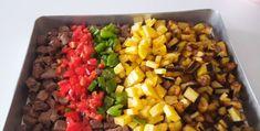 Damağınızda İz Bırakan Bir Lezzet Fırında Sebzeli Et Yemeği Tiramisu, Pizza, Sweets, Vegetables, Gummi Candy, Candy, Goodies, Vegetable Recipes, Tiramisu Cake
