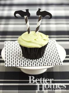 Witch Cupcakes {striped straws as legs!}