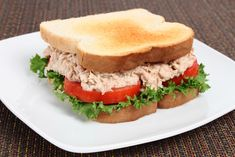 Sándwich de atún #recetasfaciles #recetassencillas #comidaparallevar #sandwich #atun #sandwichatun