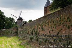 www.taklyontour.de Zons - ein kleines, mittelalterliches Örtchen in der Nähe von Dormagen. Ein schönes Ziel für einen Sonntagsausflug