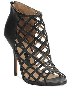 The Next Style Star Episode 2: Caged heels by Kensie