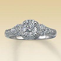 14K White Gold 1 1/8 Carat t.w. Diamond Ring