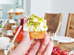 apple and carrot cupcakes with lime-frosting - babys first birthday   Apfel-Karotten-Cupcakes mit Limetten-Frosting