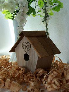 birdhouse centrepeice