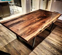 Live edge dining table? Yes we do that! Email us with your needs - sales@barnboardstore.com Tag someone who needs a new dining table! #diningtable #liveedgetable #barnboard #barnwood #barn #reclaimed #reclaimedwood #rustic #rusticwood #igers #toronto #hamilton #hamont #tdot #the6ix #durhamregion #905 #woodworking #ontariowood #maker #customfurniture #dining