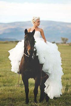 Bridal portrait with horse