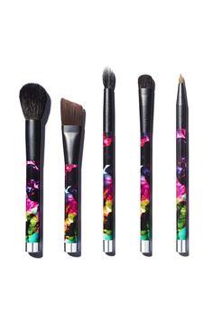 Sonia Kashuk Limited Edition makeup brush set -I'm a huge fan of these brushes, they work amazing! xoxoxo