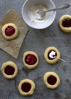 KONWALIE W KUCHNI: Sezonowo od A do M i ciasteczka z jeżynami i kozim serem