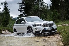 BMW wins two awards in the Best Cars Awards 2018 gala held by auto motor und sport. Bmw Suv, Cheap Car Insurance Quotes, Car Insurance Tips, Bmw Xdrive, Latest Bmw, Cheap Sports Cars, Auto Motor Sport, Off Road, Autos