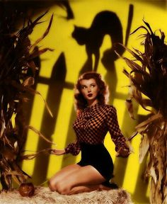 Discovered by Rikki Lynn. Find images and videos about vintage, Halloween and pinup on We Heart It - the app to get lost in what you love. halloween photoshoot Image about black and white in vintage. by Rikki Lynn Halloween Retro, Halloween Pin Up, Vintage Halloween Photos, Halloween Countdown, Halloween Pictures, Halloween Horror, Halloween Costumes, Halloween Ideas, Halloween Party