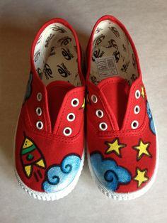 Zapatillas infantiles pintadas a mano
