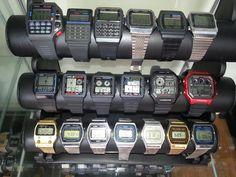 Old digital watches Casio Vintage Watch, Seiko Vintage, Casio Watch, Casio Databank, Best Kids Watches, Cool Watches, Men's Watches, Casio Digital, Digital Watch