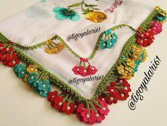 Tam Ölçülü Tuzlu Kurabiye Filet Crochet, Crochet Lace, Pull Bebe, Makeup Wipes, Needle Lace, Beautiful Crochet, Travel Size Products, Doilies, Handicraft