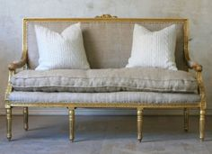 looking for the perfect settee