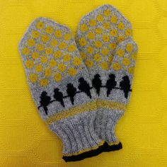 My mittens. Knitted Mittens Pattern, Knitted Gloves, Fair Isle Knitting, Knitting Yarn, Baby Knitting, Knitting Charts, Knitting Patterns, Mittens, Runes