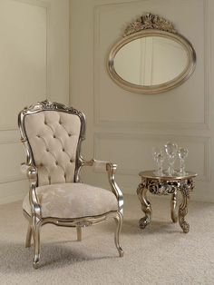 Italian Furniture, Alberto arm chair, made of mahogany Silver Furniture, Royal Furniture, Victorian Furniture, Italian Furniture, Deco Furniture, Furniture Styles, Luxury Furniture, Home Furniture, Furniture Design