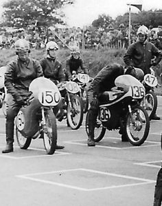 Beryl Swain at the back of the grid. She was always put in that position at all the races but usually managed to come in not lower that Horsham, H Baulch, Lucas, Foster. Vintage Bikes, Vintage Motorcycles, Horsham, Racing Motorcycles, Lady Biker, Scooters, The Fosters, Grid, Icons