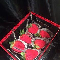 Glam berries  Red sanding sugar