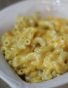 Slow Cooker Mac  Cheese - Creamy Velveety! Yum cheesy recipe! View on BargainBriana.com