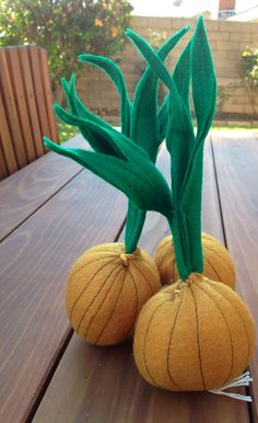 Felt Yellow Onions with greens Pretend Play Food by LittleFruits, $10.00