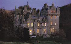 Scottish Highlands - gorgeous castle, beautiful countryside.